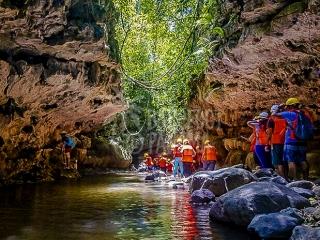 Bayano-caves-tour-panama