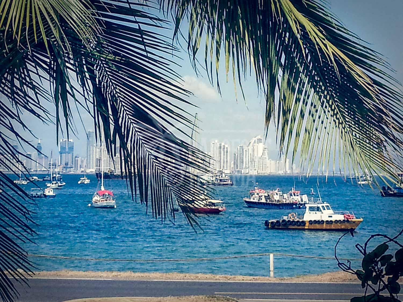 Casco-antiguo-view-Panama-City