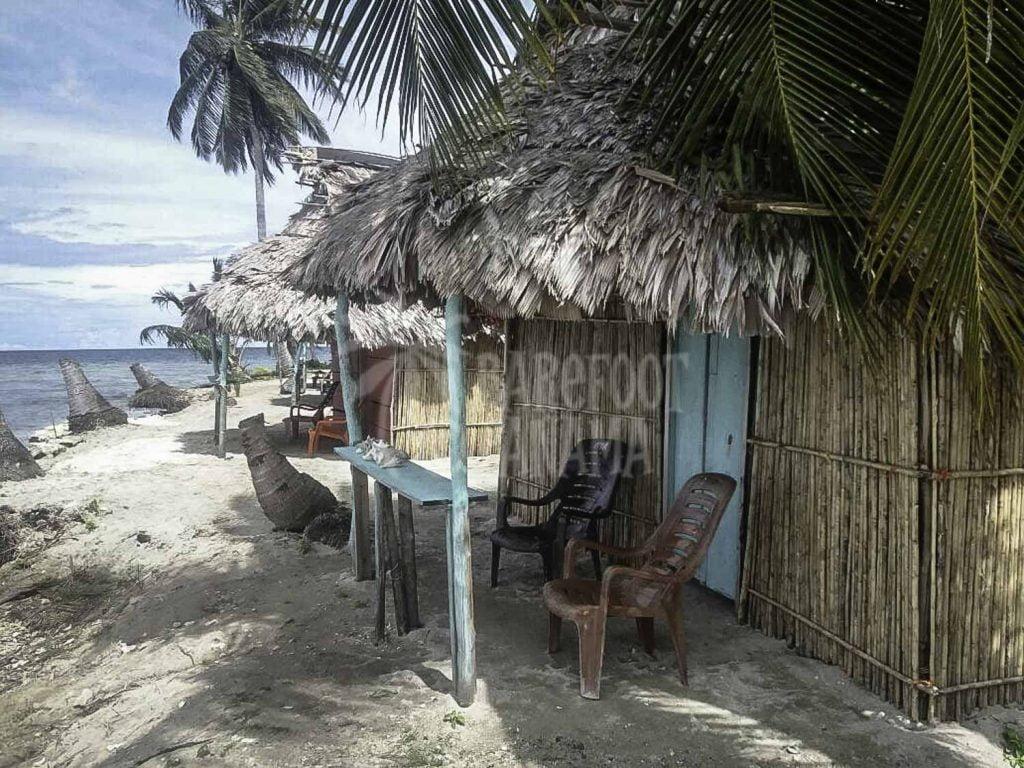 Kuna-house-on-island