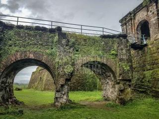 ancient-fort-panama-caribbean