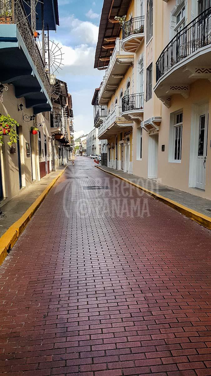 casco-viejo-street