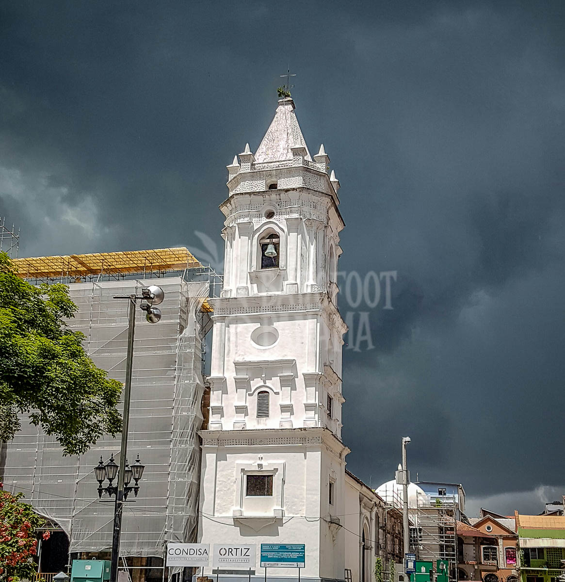 cathedral-in-casco-viejo-UNESCO-heritage-site
