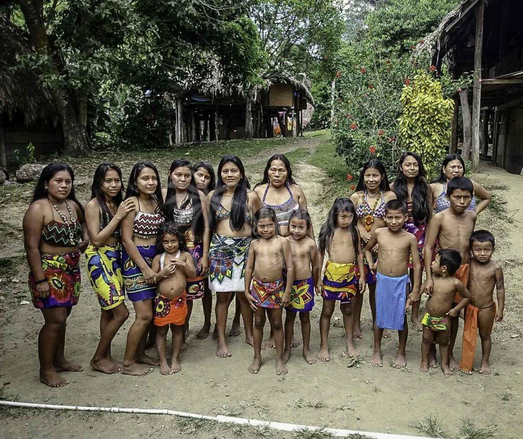 embera-tribe-women-and-children
