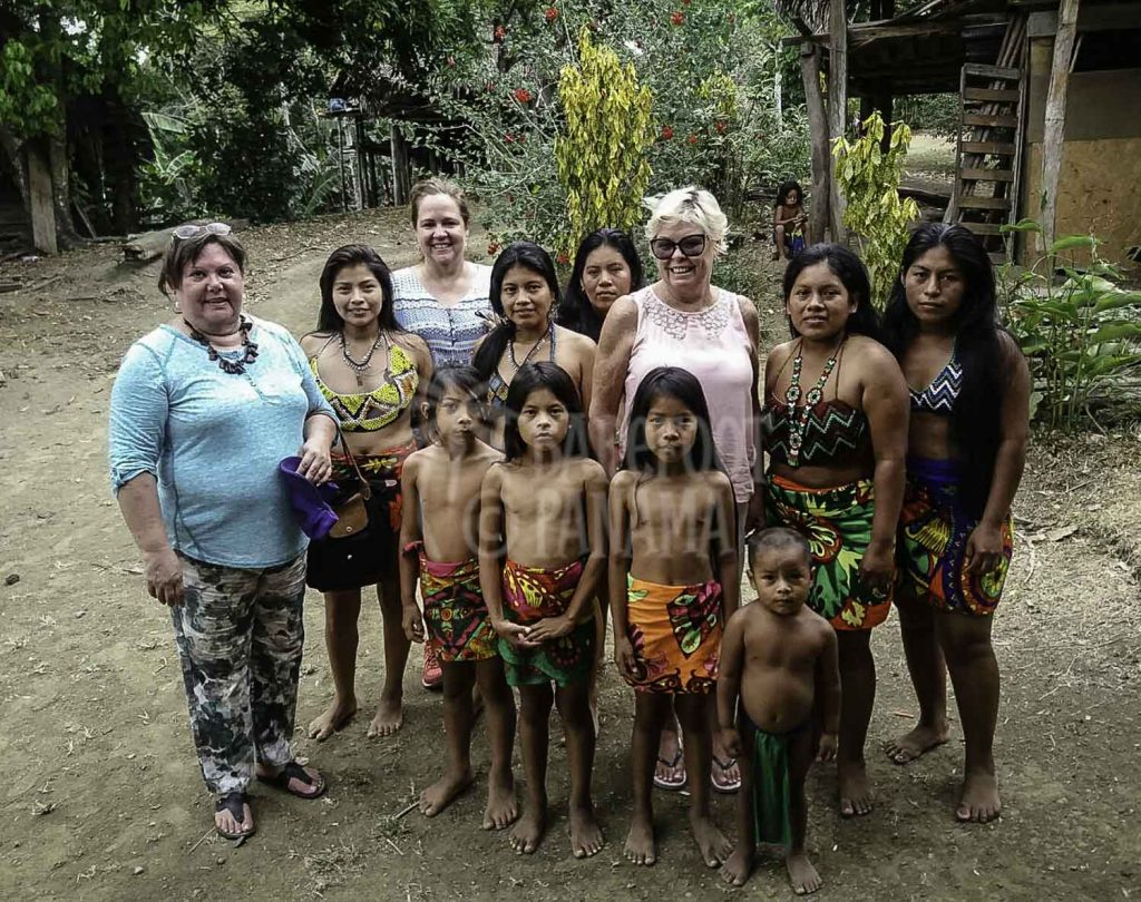 guests-with-embera-indians