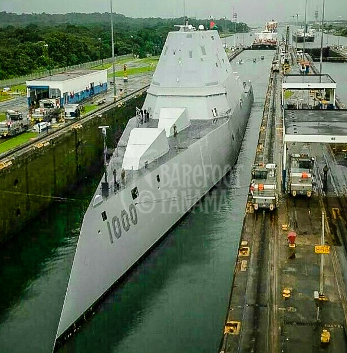 naval-vessel-in-panama-canal
