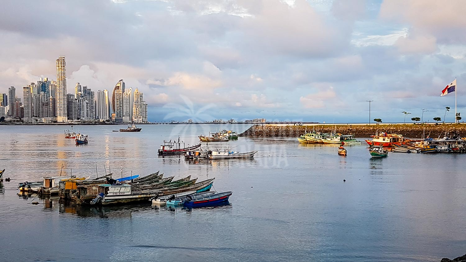 panama-city-sunset-with-fishing-boats