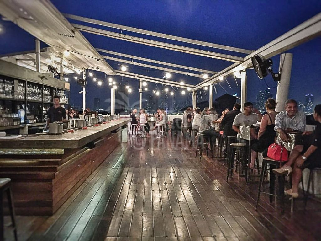 tantalos-rooftop-bar
