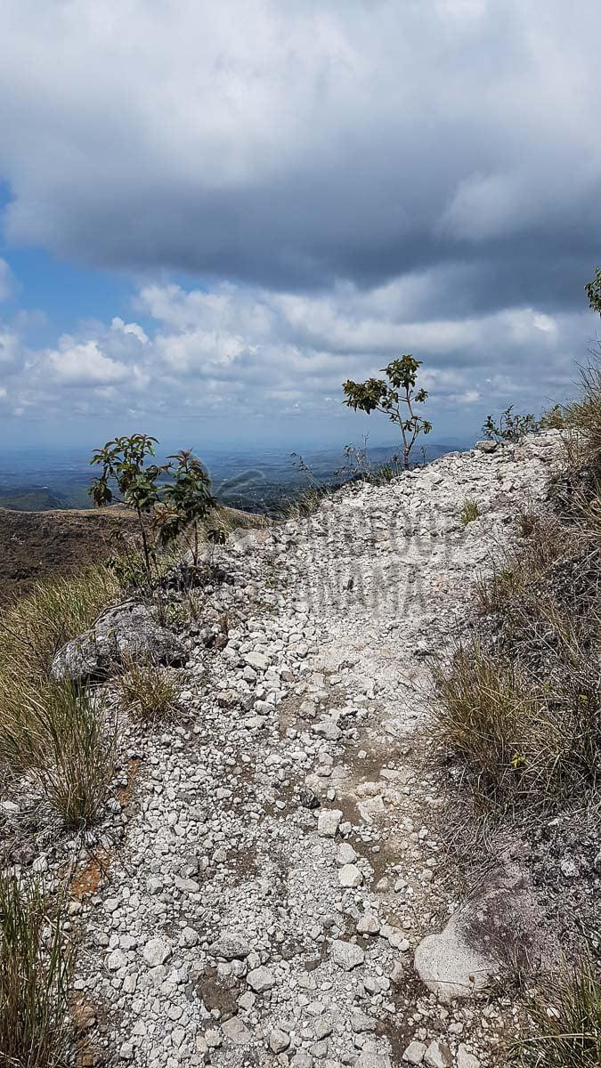 trekking-near-el-valle