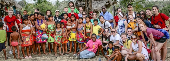 global-brigade-visiting-guna-indian-village